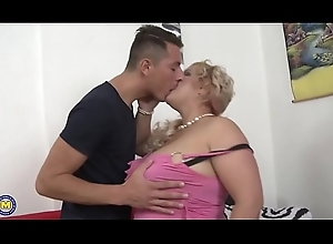 Broad in the beam breasted BBW fucking added to engulfing