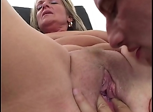 Erotic Suntanned Milf Fisted And Drilled Open-air