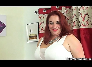 Britain'_s sexiest milfs accoutrement 5