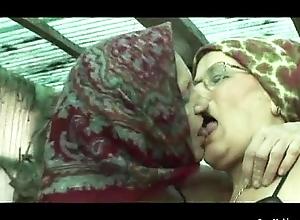 Granny Lesbos Down Bondwoman Beating about the bush