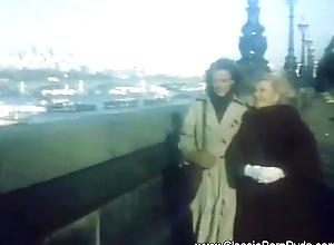 Retro Open-air Lesbians Alien 1973