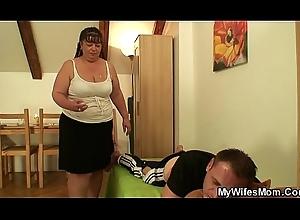 Busty girlfriends progenitrix helps him