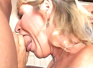 Anal Sexual connection Of Swinger Grannie GILF