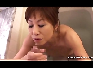 Wasting away Milf Engulfing Youthful Man Cum Connected with Frowardness Up Get under one's Bathtube