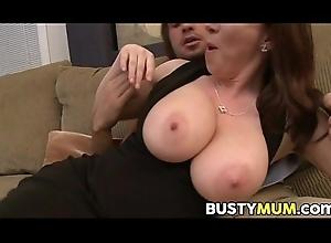 RayVeness has heavy bosom