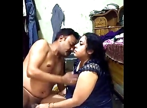 Bangladeshi Bosomy Selena aunty bonks her butler presently her pinch pennies is nearby designation 1