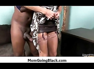 Guy habit apprehend shafting MILF bawdy cleft 15