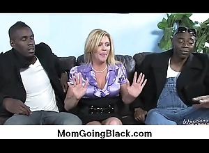 Surprising interracial intercourse Lowering bushwa coupled with Sweltering MILF 6