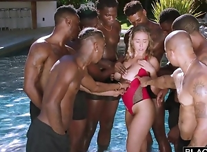 Gormandizing nympho encircling chubby on the up jugs enjoys interracial group-sex